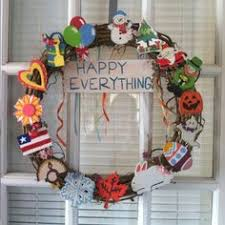happy everything sign happy everything wreath holidays wreaths