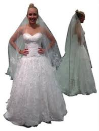 oleg cassini wedding dress oleg cassini wedding dresses up to 90 at tradesy