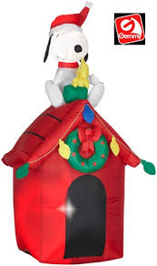 snoopy doghouse christmas decoration snoopy and woodstock on doghouse