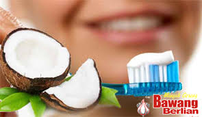 Minyak Kelapa Di Supermarket tips dan cara memutihkan gigi dengan menggunakan minyak kelapa cap