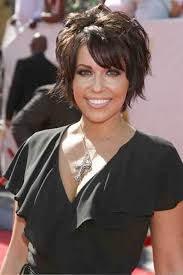 hair styles where top layer is shorter best 25 short layered hairstyles ideas on pinterest hair cuts