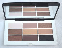 today i am bringing you a review of the five s that i purchased i will first impression hm eyeshadow palette