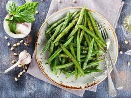 comment cuisiner les haricots verts haricots verts du jardin en bocaux recettes femme actuelle