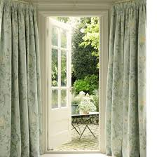 Curtain Pole For Bay Window Uk Dress And Decorate Country Windows