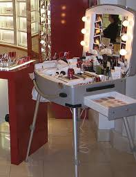 Professional Makeup Artist Lighting Cantoni For Clarins Store Make Up Cases With Lights Voyager Big