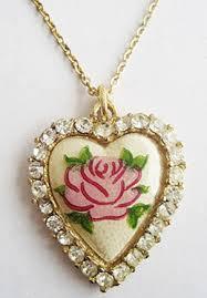 shaped pendant necklace images Vintage rhinestone and pink flower heart shaped pendant necklace jpg
