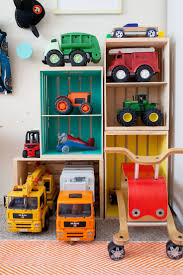 Build Your Own Toy Storage Box by Best 25 Truck Storage Ideas On Pinterest Campers For Trucks