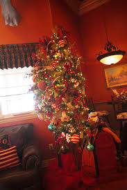 tree show me decorating