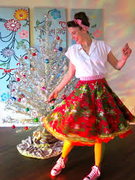 cassie stephens diy another christmas tree skirt to lady art
