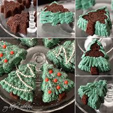 Christmas Tree Cake Decorations Ideas by Decorating With Italian Buttercream Wfmw U2013 My Kitchen Addiction