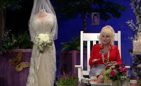 dolly parton shows wedding dress for 50th vow renewal all 4 - Dolly Parton Wedding Dress