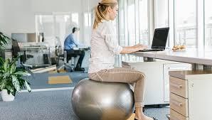 travail dans un bureau le bureau pour des conditions de travail optimales jobboom