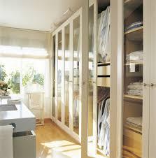 12 cosas que suceden cuando estas en armario segunda mano madrid armarios ordena mejor y duplica el espacio
