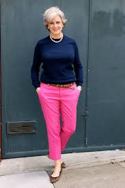 What Goes Well With Blue 25 Best Pink Pants Ideas On Pinterest Summer Business