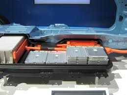 nissan leaf trunk space is gm volt u0027s battery cooling approach better than nissan leaf u0027s