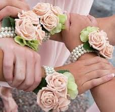 wedding corsages these wedding accessories wrist corsages are beautiful