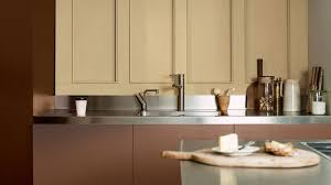can we paint kitchen cabinets dr dulux how to paint kitchen cupboards dulux