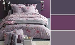 peinture violette chambre quelles couleurs choisir pour peindre une chambre à coucher