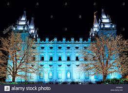 salt lake city temple square christmas lights on trees and
