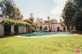 12305 Fifth Helena Drive Brentwood Los Angeles 12305 5th Helena Dr Los Angeles Ca 90049 Mls 17222182 Movoto Com