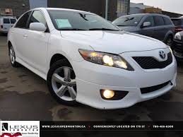 2011 toyota camry le review used white 2011 toyota camry i4 auto se review morinville