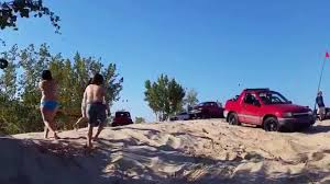 sand dune jeep f250 vs geo tracker silver lake sand dunes jeep couldn u0027t get geo