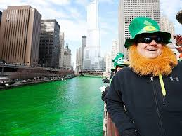 chicago river dyed green for st patrick u0027s day parade people com