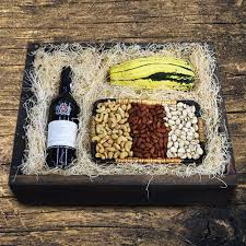 luxury wine and gourmet gift baskets delivered to canadians