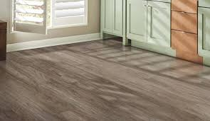 oak laminate flooring onflooring