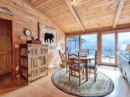 vacation home resting bears three bedroom cabin rocky grove tn
