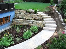 Gartengestaltung Mit Steinen Vorgartengestaltung Mit Steinen Und Grasern Haus Design Ideen