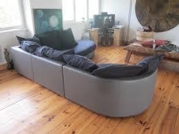 comment teindre un canapé en tissu donnez une nouvelle vie à un vieux canapé en tissu après le