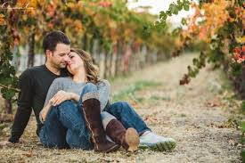 Engagement Photos 12 More Cozy And Sweet Fall Engagement Photo Shoot Ideas Crazyforus