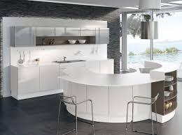 plan de travail design cuisine perene cuisine equinoxe blanc ilot cuisine ilot