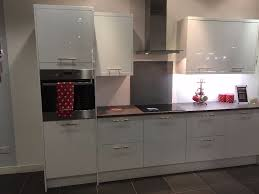magnet kitchens ex display apollo white flat pack in