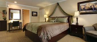 bridalveil king suite in yosemite westgate lodge