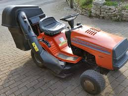 husqvarna lr120 ride on mower ready to cut in calne wiltshire