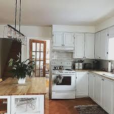 tableau m駑o pour cuisine table de cuisine ronde pour decoration cuisine moderne
