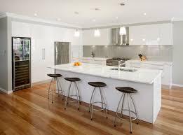 weisse küche weiße marmor küchen 75 ideen für den einsatz marmor