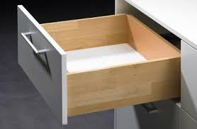 coulisse tiroir cuisine comment changer des coulisses de tiroir le montage du tiroir