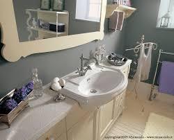 traditional bathroom wooden 4 minacciolo