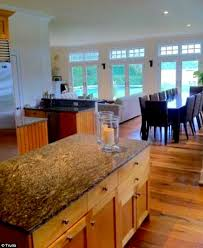Kourtney Kardashian New Home Decor by Inside Kourtney And Khloe Kardashian U0027s 14m Hamptons Beach House