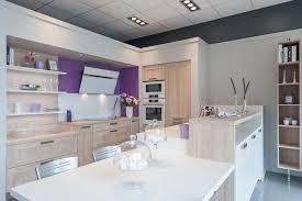 magasin de cuisine le showroom du magasin cuisine plus aubagne cuisine plus cuisine