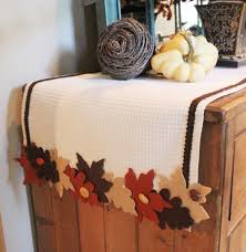 how to make table runner at home how to make a no sew fall table runner worthing court