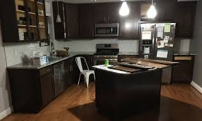 what of paint to use on kitchen cabinet doors how to paint kitchen cabinets mccormick paints