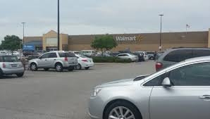 Walmart Car Port Half Of This Florida Town U0027s Crime Happens In Walmart Vice