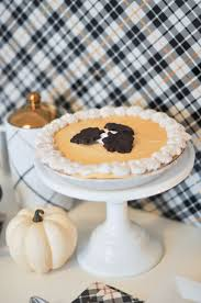 quick thanksgiving dessert recipes quick easy and unexpected thanksgiving dessert table
