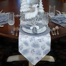 table runners silver grey pinecones table