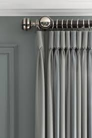 Hanging Curtains High 984 Best Fenêtres Images On Pinterest Curtains Beautiful Homes