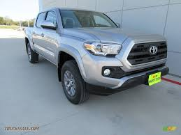 toyota tacoma silver 2017 toyota tacoma sr5 double cab 4x4 in silver sky metallic